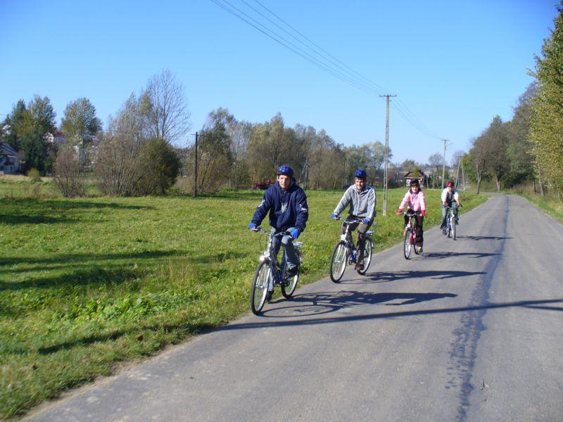 Więcej o: II wyprawa rowerowa – Poznajemy miejscowość Izdebki