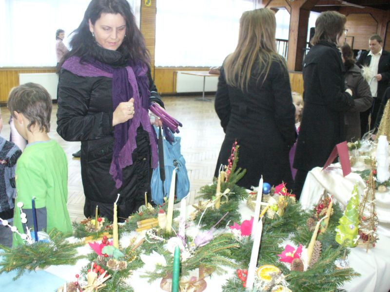 Więcej o: Kiermasz Bożonarodzeniowy w Urzędzie Gminy w Nozdrzcu