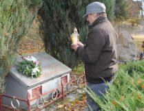 Więcej o: Nie umiera ten, kto pozostaje w naszej pamięci…