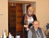 Więcej o: Trening dbałości o wygląd zewnętrzny – spotkanie z fryzjerem